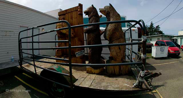 bears on a trailer