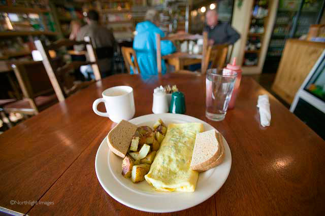 breakfast in Florence, oregon
