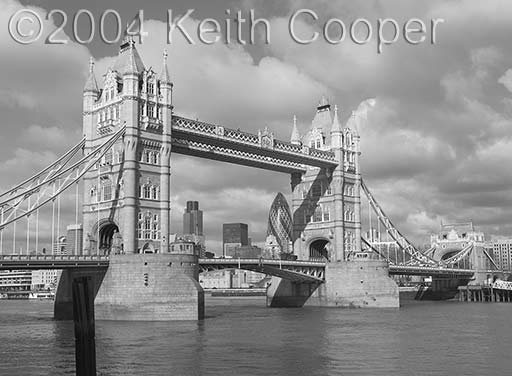 Tower Bridge converted to grayscale