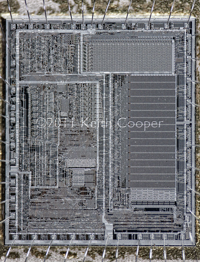 8741 microprocessor chip photo