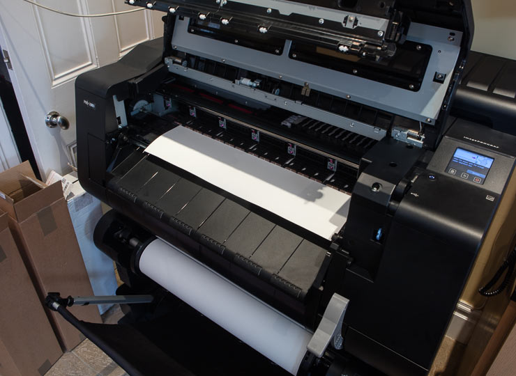 manually loading roll paper on the pro-2000