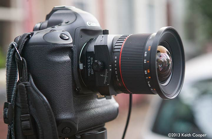 lens mounted on Canon 1Ds 3