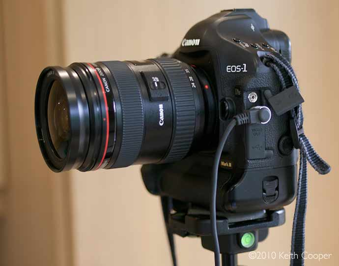 1Ds3 with 24-70 lens for focus adjustment