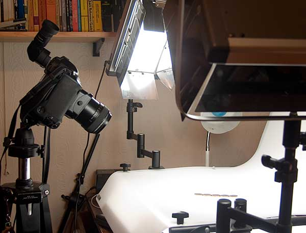 Canon 1Ds product photography set up using tilt lens
