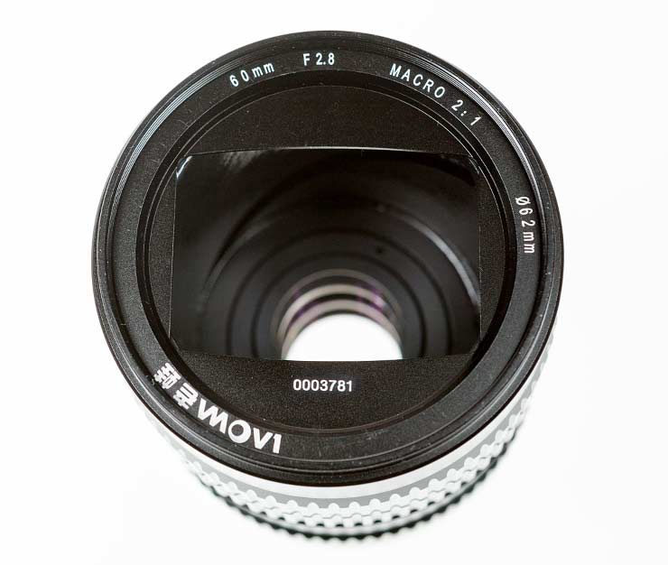 lens focused at infinity - front view
