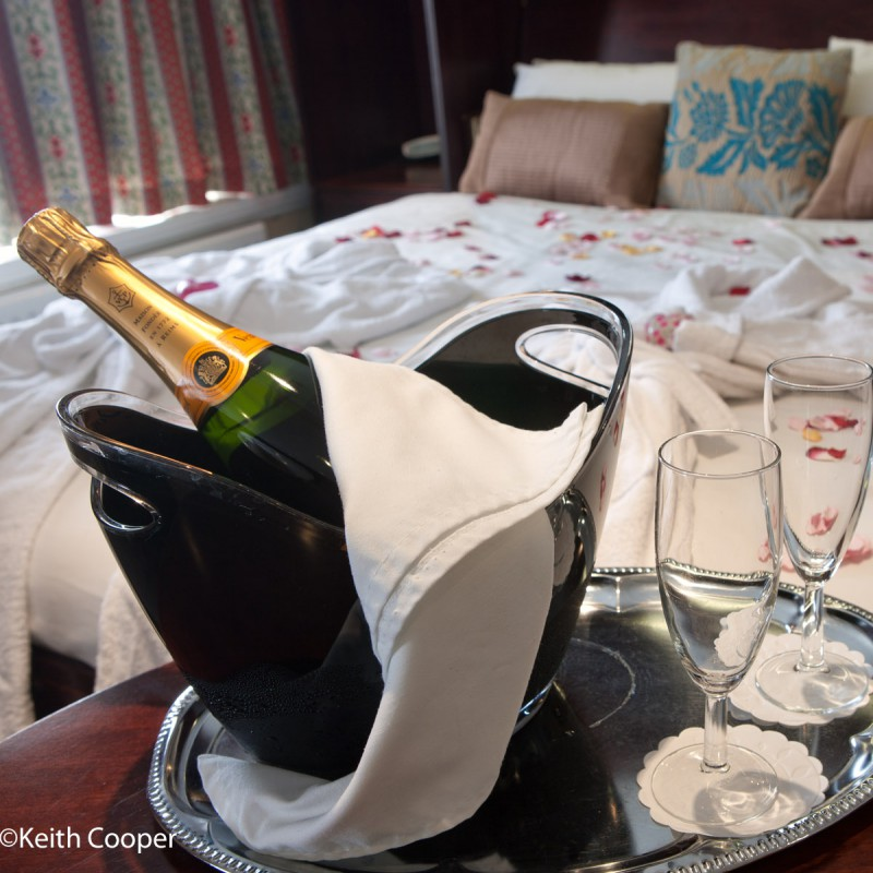 Bridal suite with Champagne