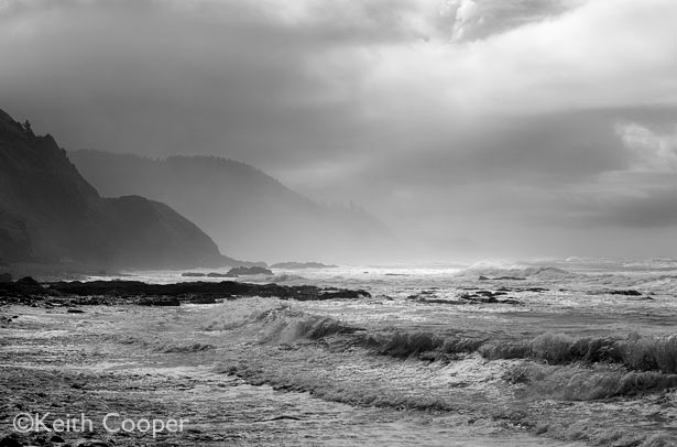 Black and white view of the Oregon coast