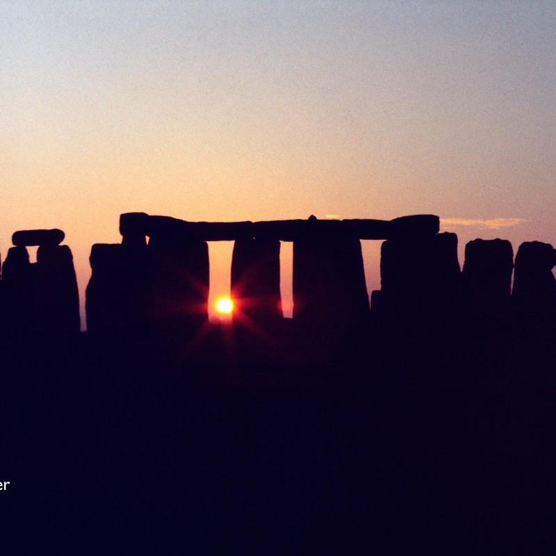 Stonehenge, Winter solstice sunset