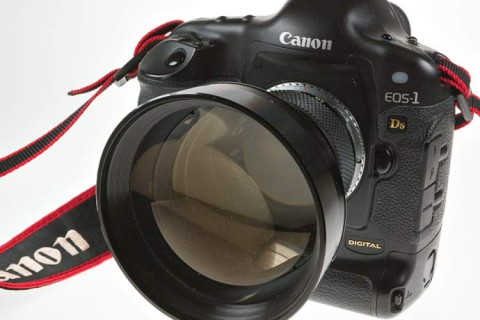 Testing add-on tele and wide angle convertor lenses