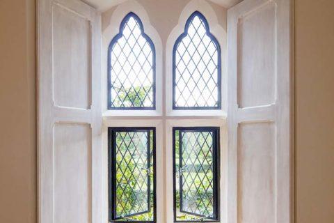 metal replacement window
