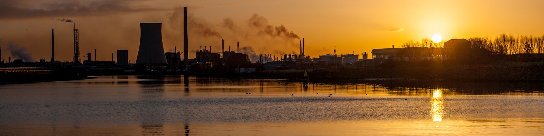 Sunrise - looking along the ship canal at Ellesmere Port